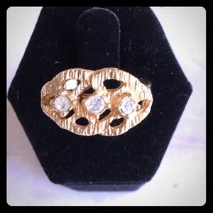 Sarah Coventry ring